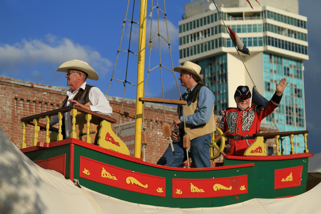 Admiral Windwagon waves to the crowd during the Riverfest Sundown Parade